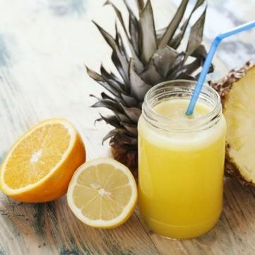 عصير الأناناس مع الحمضيات لمناعة قوية