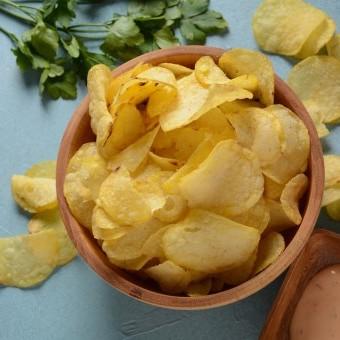 طريقة عمل رقائق البطاطس