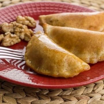 قطايف رمضان بعدة حشوات شهية وسهلة