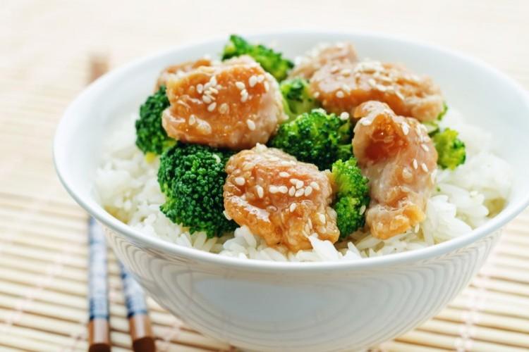 الدجاج الصيني مع الخضار