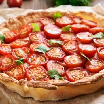 فطيرة الطماطم بالبف باستري