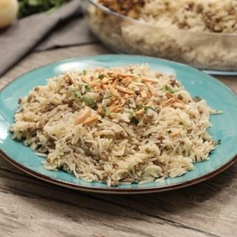 الأرز باللحم المفروم والبهارات بالفيديو