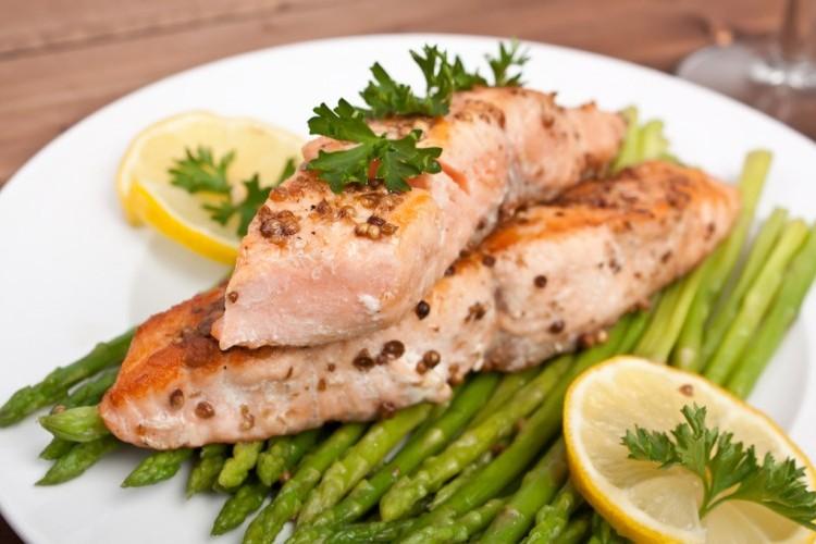 سمك مشوي بالليمون لرجيم صحي