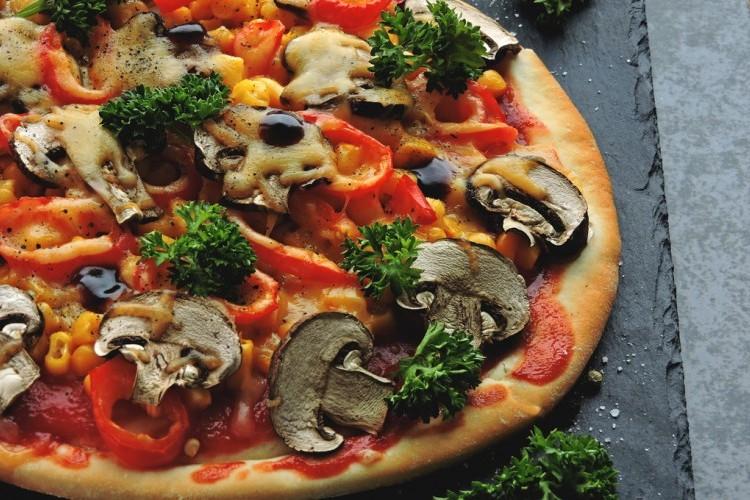 بيتزا كيتونية