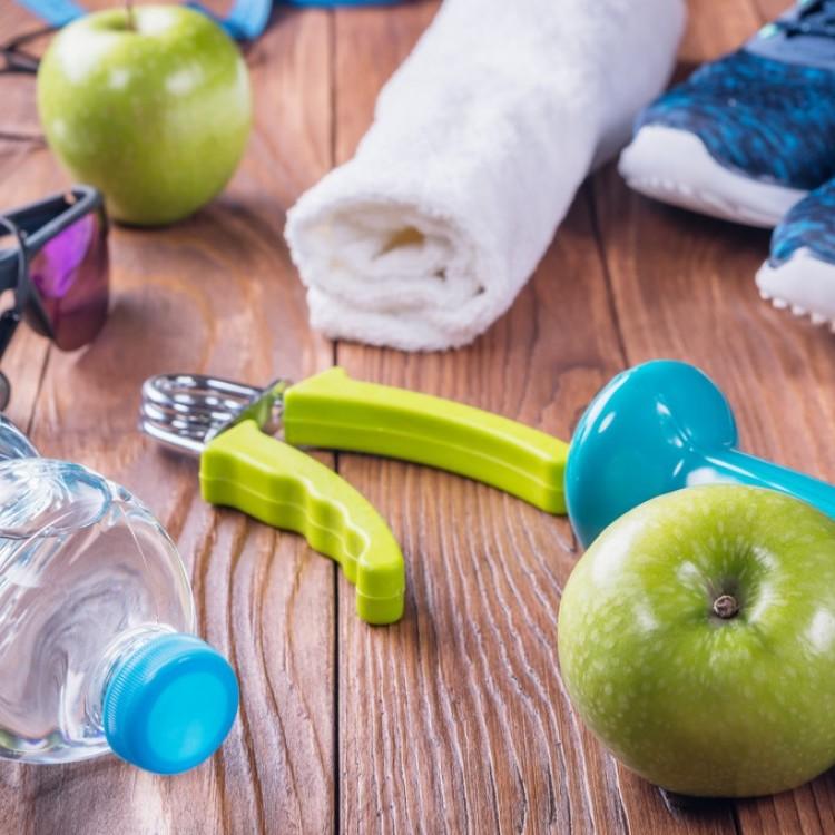 بعد أكل السكريات .. نظفي جسمك بهذه الطريقة