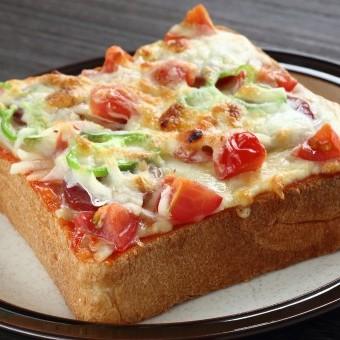 بيتزا التوست بالتونة للسحور