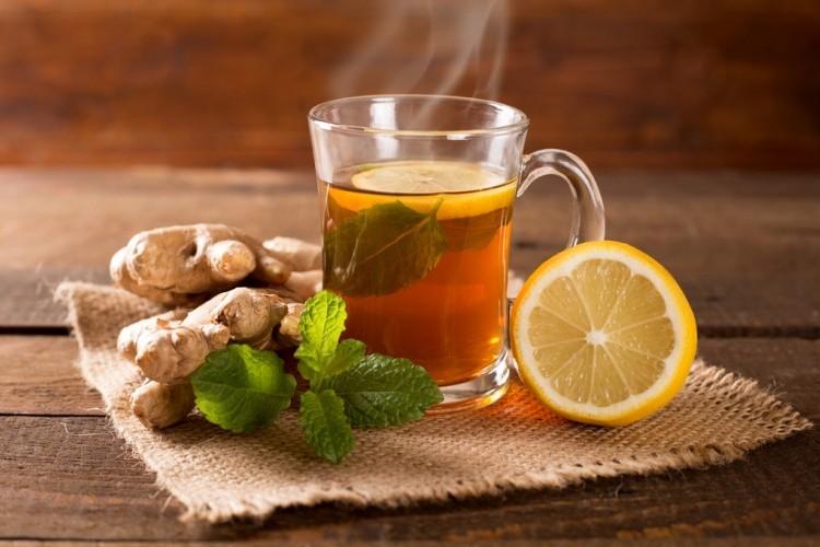 شاي بالنعناع والزنجبيل
