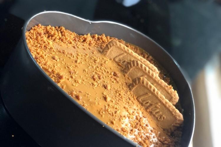 كعكة اللوتس الباردة