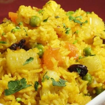 أرز بالبطاطس والزعفران