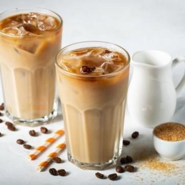 مشروبات باردة بالقهوة سهلة وسريعة