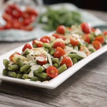 سلطات وأطباق رئيسية لذيذة وصحية بالفاصوليا الخضراء