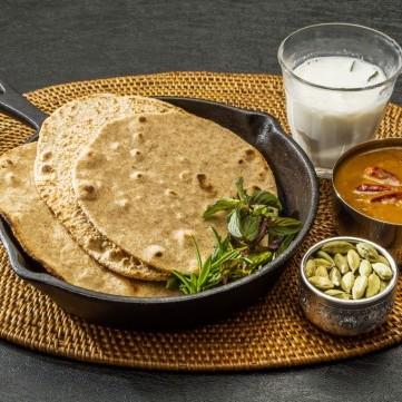 خبز شاباتي هندي سهل وسريع
