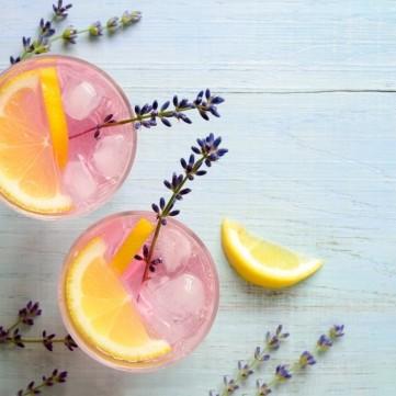عصير الليمون مع اللافندر