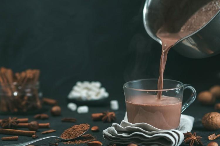 السحلب بالشوكولاتة