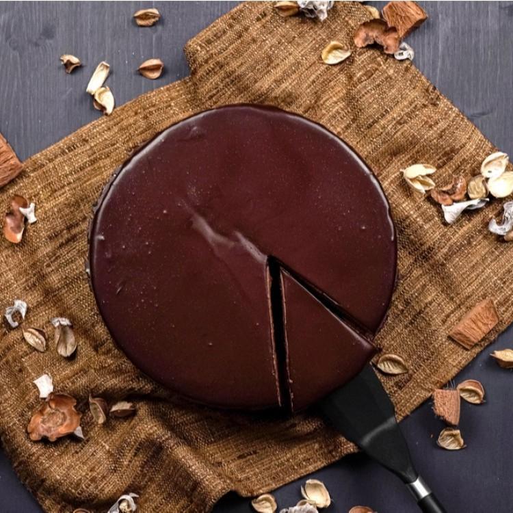 كيك الشوكولاتة بالصوص