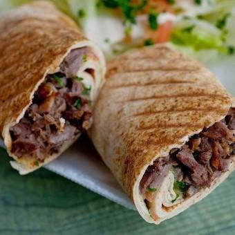 شاورما اللحم على طريقة المطاعم