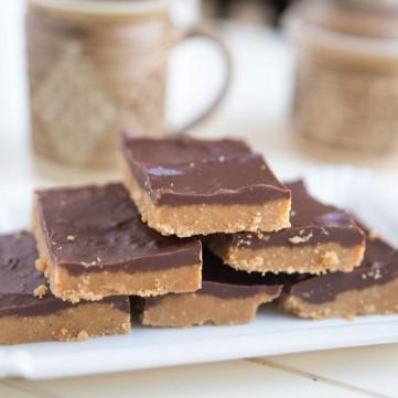 حلى الفول السوداني بالشوكولاتة