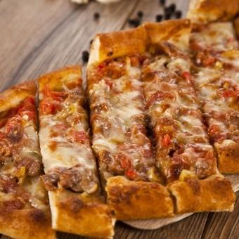 بيتزا تركية