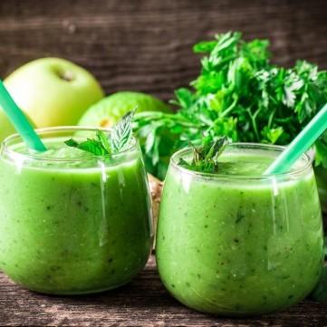 سموذي التفاح الأخضر