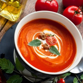 شوربة الطماطم بالكريمة