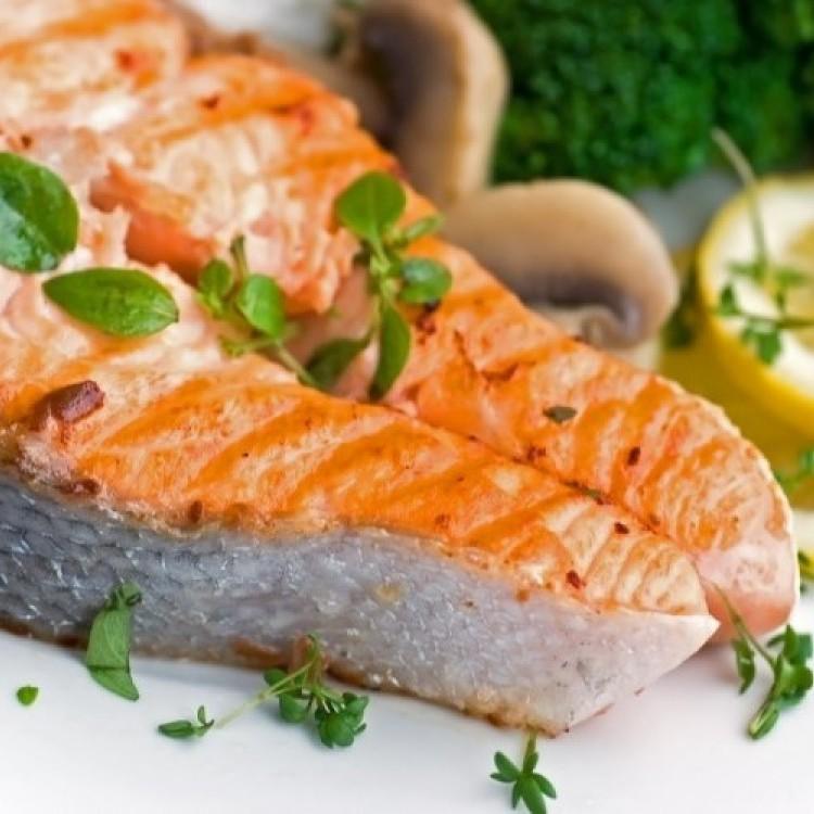 أطعمة مفيدة تحارب سرطان الثدي