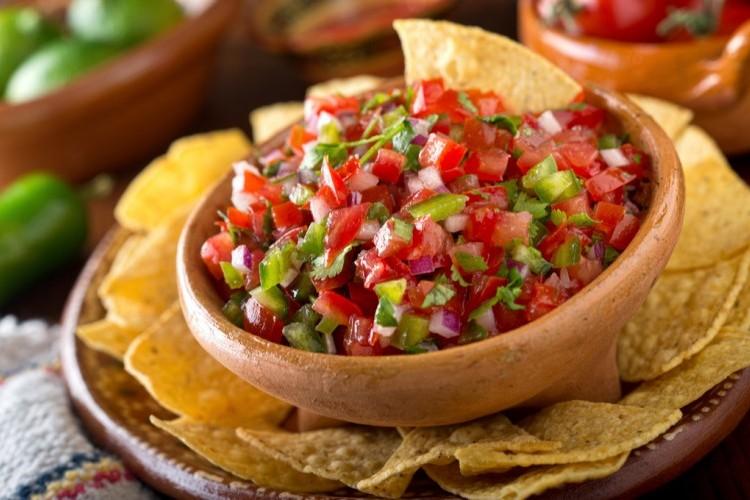تغميسة الطماطم المكسيكية