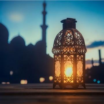 التخلص من عاداتنا السيئة واتباع نظام صحي في شهر رمضان