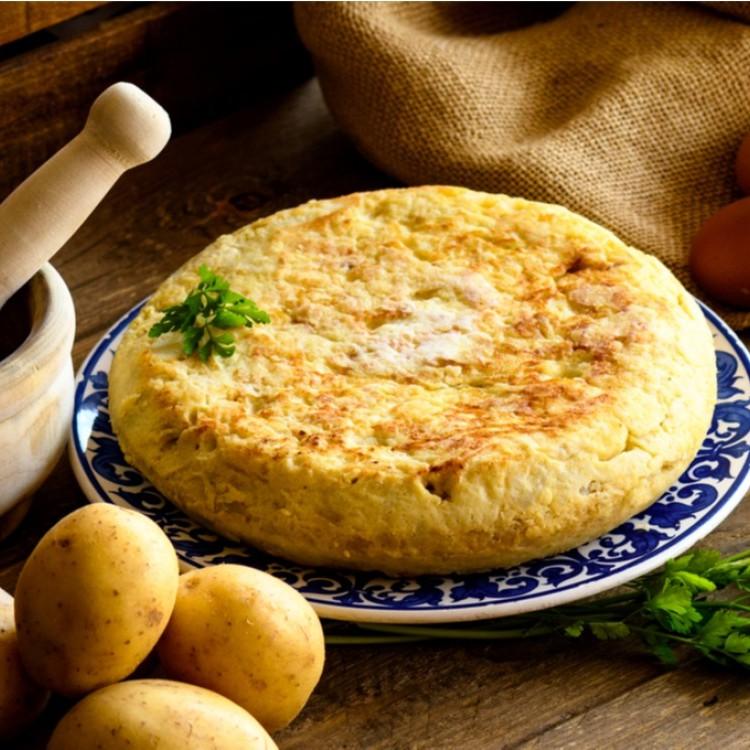 عجة البيض بالبطاطس والبصل