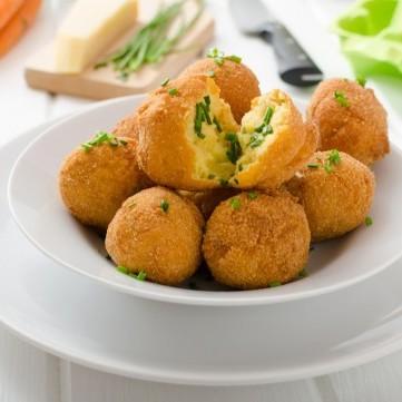 كرات البطاطس المقلية