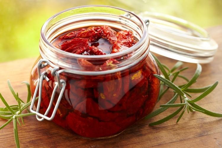 الطماطم المجففة في الزيت