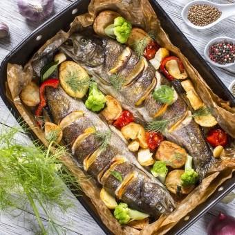 صينية سمك بالخضار