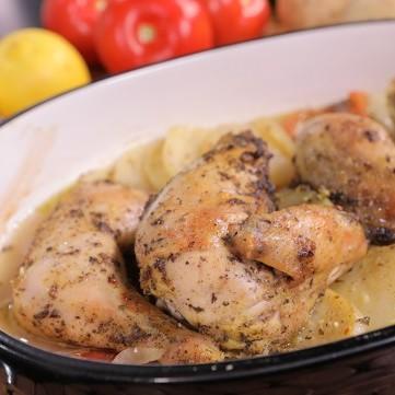 صينية الدجاج بالبطاطس والثوم بالفيديو