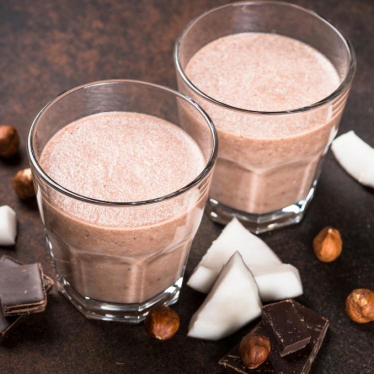 ميلك شيك جوز الهند والشوكولاتة