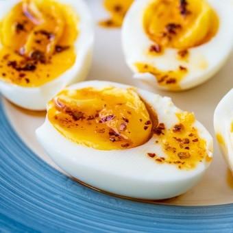البيض المسلوق التركي