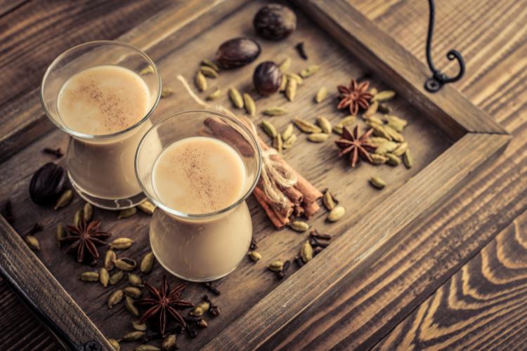 شاي كرك بالزعفران