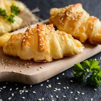 كرواسان بالجبن