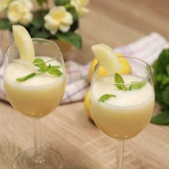 عصير الليموناضة بالأناناس بالفيديو