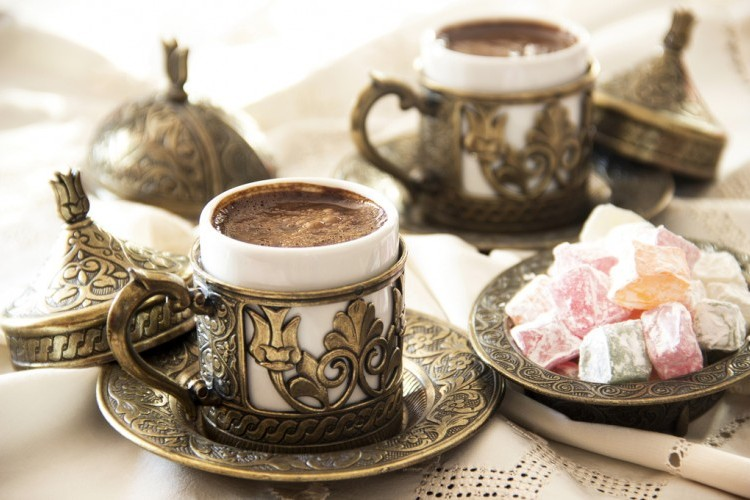 القهوة التركية برغوة كثيفة