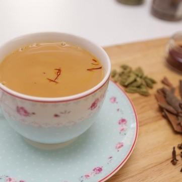 شاي الكرك على الطريقة الأصلية بالفيديو