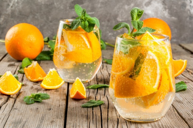 مشروب البرتقال مع الصودا