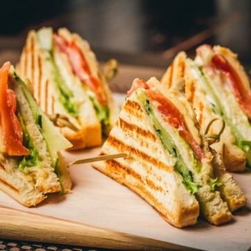 9 وصفات كلوب ساندويش بالصور والفيديو