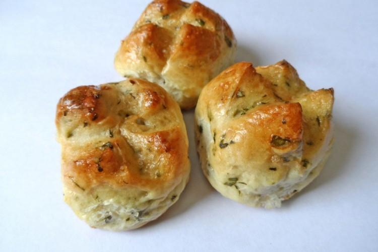 خبز الأعشاب