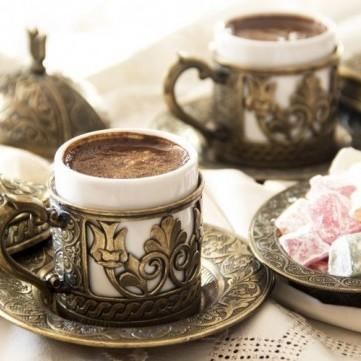 تعرفي على الأخطاء التي تفسد مذاق القهوة حين إعدادها