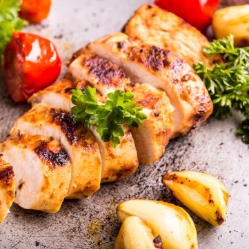 صدور دجاج بالليمون والثوم