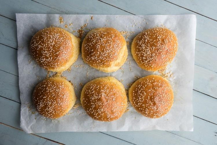 طريقة عمل خبز البرجر - وصفات الخبز -