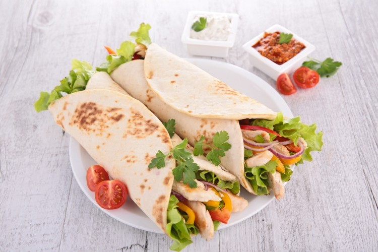 ساندويش دجاج بخبز التورتيلا Ddc8c671402ed2e682ac70db0564ade2_w750_h500