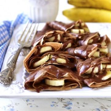 كريب بالموز وشوكولاتة النوتيلا للفطور