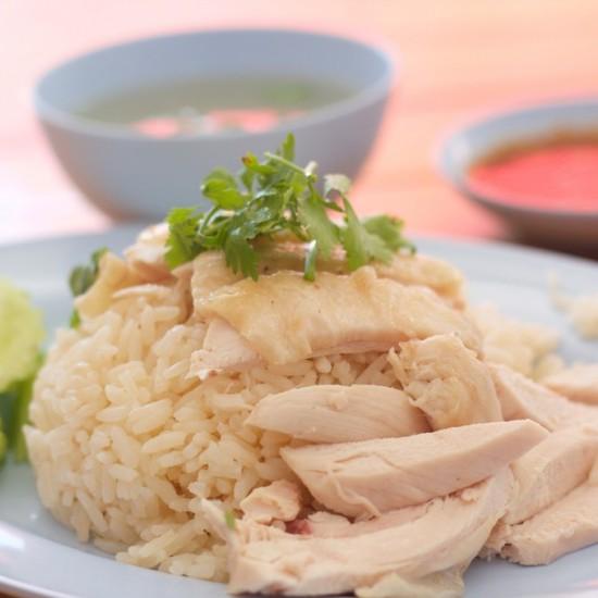 أرز بالدجاج المسلوق للرجيم