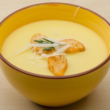 شوربة البطاطس بالجبن