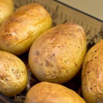 تعرفي على فائدة قشر البطاطس الجمالية